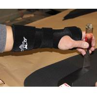 English - Human Orthopedic Products - Professionals Choice - Professionals Choice Magic Wrist Support